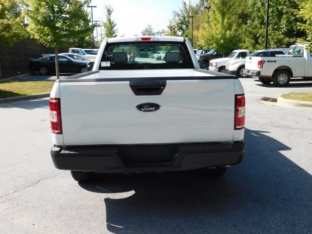 2018 Oxford White Ford F-150 XL 3.3L V6 Ti-VCT 24V Engine 2 Door Automatic Truck