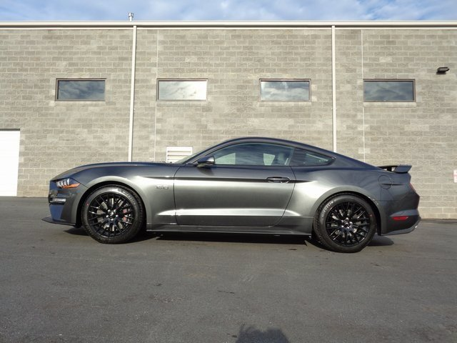2019 Magnetic Metallic Ford Mustang GT Premium 5.0L V8 Ti-VCT Engine 2 Door Coupe RWD