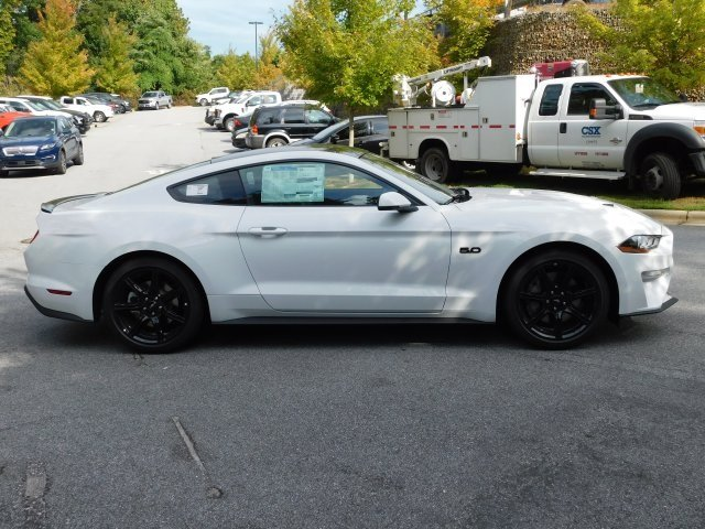 2019 Oxford White Ford Mustang GT Premium RWD 2 Door Coupe 5.0L V8 Ti-VCT Engine