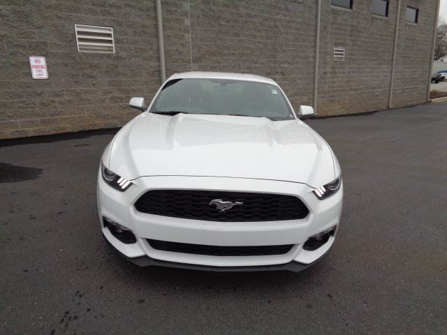 2017 White Ford Mustang EcoBoost Premium Manual RWD 2 Door EcoBoost 2.3L I4 GTDi DOHC Turbocharged VCT Engine Coupe