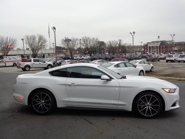 2017 White Ford Mustang EcoBoost Premium RWD EcoBoost 2.3L I4 GTDi DOHC Turbocharged VCT Engine Coupe Manual 2 Door