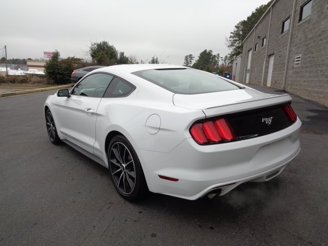 2017 Ford Mustang EcoBoost Premium RWD EcoBoost 2.3L I4 GTDi DOHC Turbocharged VCT Engine 2 Door Coupe