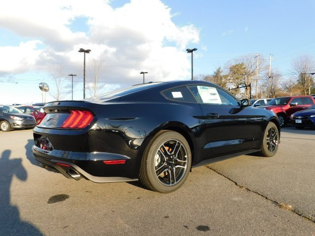 2019 Shadow Black Ford Mustang EcoBoost Premium Coupe EcoBoost 2.3L I4 GTDi DOHC Turbocharged VCT Engine Automatic 2 Door RWD