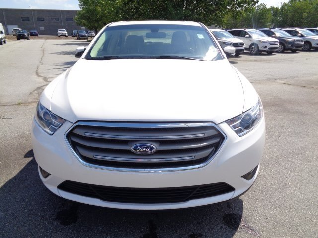 2018 Ford Taurus SEL Automatic Sedan FWD 3.5L V6 Ti-VCT Engine 4 Door
