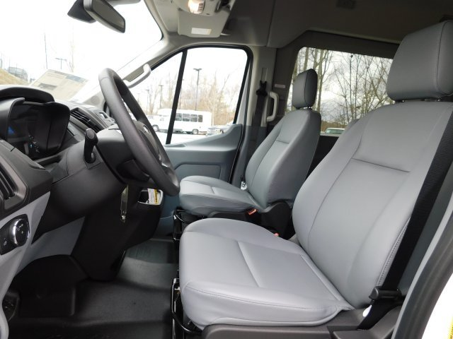 2019 Oxford White Ford Transit-350 XL 3 Door Automatic 3.7L V6 Ti-VCT 24V Engine RWD