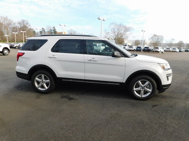 2019 Oxford White Ford Explorer XLT FWD Automatic 4 Door