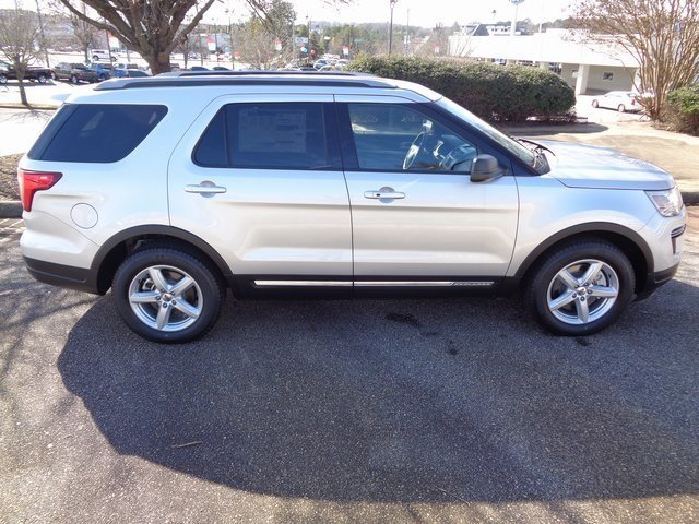 2019 Ingot Silver Metallic Ford Explorer XLT FWD Automatic 3.5L V6 Ti-VCT Engine SUV 4 Door
