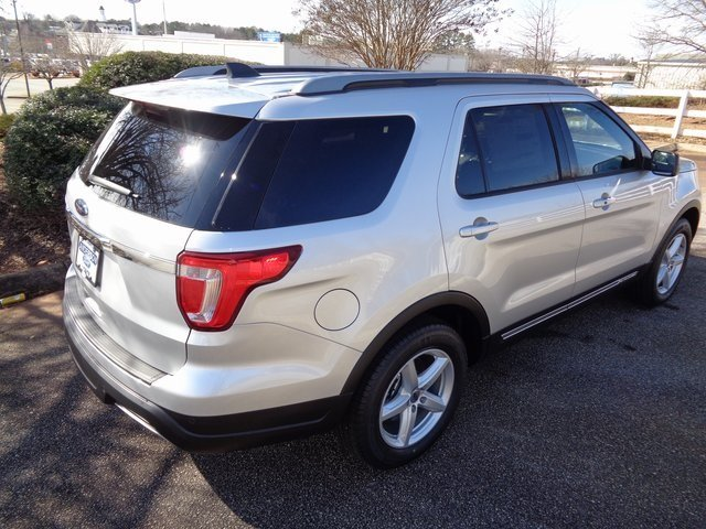 2019 Ingot Silver Metallic Ford Explorer XLT FWD Automatic 3.5L V6 Ti-VCT Engine 4 Door