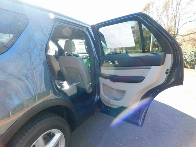 2019 Blue Metallic Ford Explorer XLT SUV Automatic 3.5L V6 Ti-VCT Engine