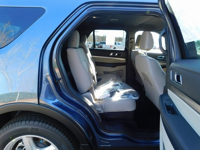 2019 Blue Metallic Ford Explorer XLT 4 Door 3.5L V6 Ti-VCT Engine FWD SUV