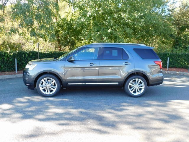 2019 Magnetic Metallic Ford Explorer XLT 3.5L V6 Ti-VCT Engine Automatic FWD SUV