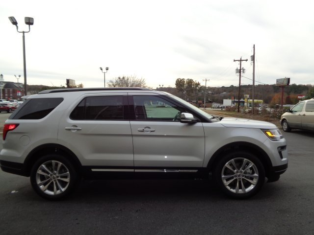 2019 Ford Explorer XLT 3.5L V6 Ti-VCT Engine 4 Door SUV Automatic FWD