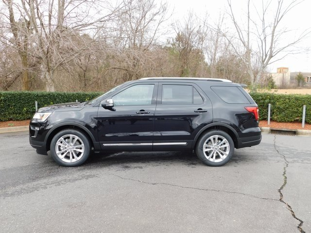 2019 Agate Black Metallic Ford Explorer XLT Automatic FWD SUV