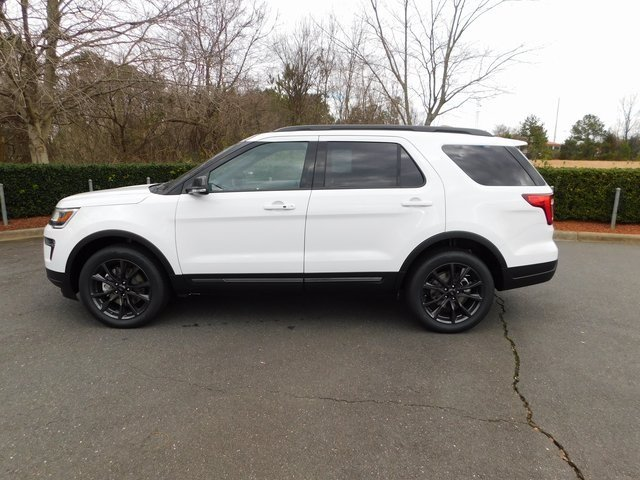 2019 Oxford White Ford Explorer XLT 4 Door Automatic SUV 4X4