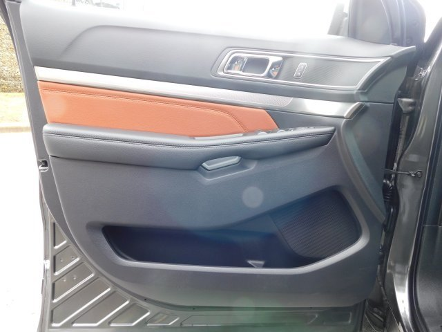 2019 Magnetic Metallic Ford Explorer XLT SUV 3.5L V6 Ti-VCT Engine 4X4