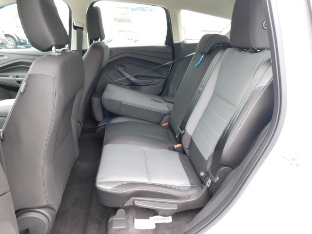 2019 Oxford White Ford Escape S 2.5L iVCT Engine 4 Door Automatic