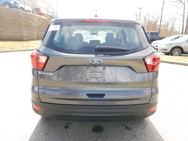 2019 Magnetic Metallic Ford Escape S SUV 2.5L iVCT Engine 4 Door
