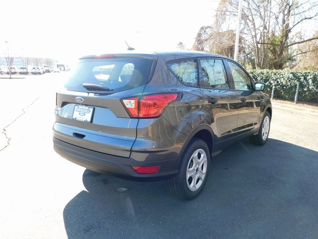 2019 Magnetic Metallic Ford Escape S FWD SUV 2.5L iVCT Engine