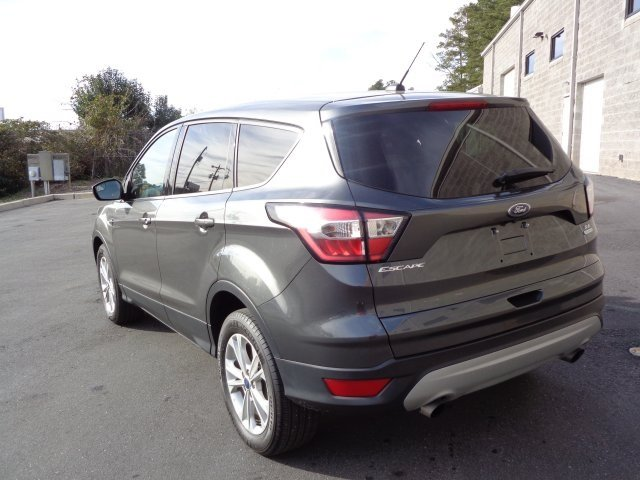 2017 Ford Escape SE SUV FWD 4 Door Automatic