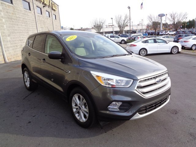 2017 Ford Escape SE EcoBoost 2.0L I4 GTDi DOHC Turbocharged VCT Engine Automatic SUV