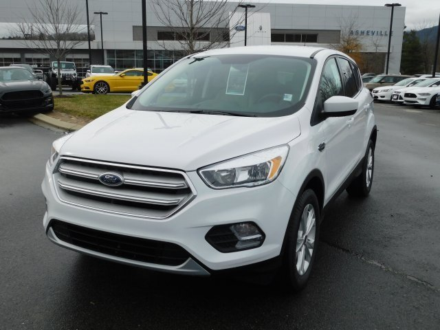 2019 Ford Escape SE 4 Door Automatic EcoBoost 1.5L I4 GTDi DOHC Turbocharged VCT Engine FWD SUV