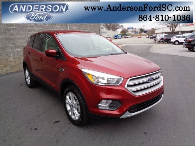 2019 Ruby Red Metallic Tinted Clearcoat Ford Escape SE SUV EcoBoost 1.5L I4 GTDi DOHC Turbocharged VCT Engine FWD Automatic