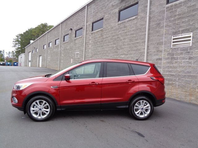 2019 Ford Escape SE SUV 4 Door Automatic EcoBoost 1.5L I4 GTDi DOHC Turbocharged VCT Engine