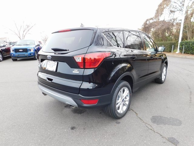 2019 Ford Escape SE SUV FWD Automatic EcoBoost 1.5L I4 GTDi DOHC Turbocharged VCT Engine