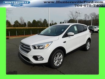 2019 Oxford White Ford Escape SE EcoBoost 1.5L I4 GTDi DOHC Turbocharged VCT Engine FWD 4 Door SUV