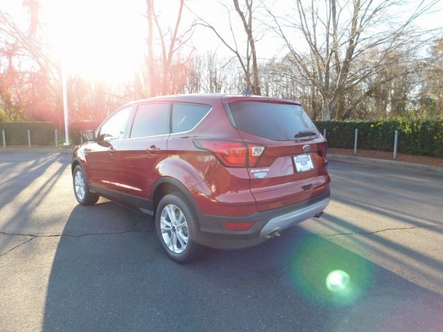2019 Ford Escape SE 4 Door EcoBoost 1.5L I4 GTDi DOHC Turbocharged VCT Engine SUV