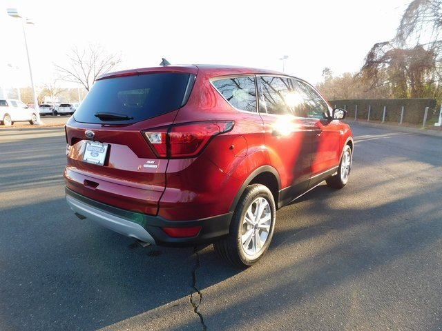 2019 Ford Escape SE Automatic SUV FWD EcoBoost 1.5L I4 GTDi DOHC Turbocharged VCT Engine 4 Door