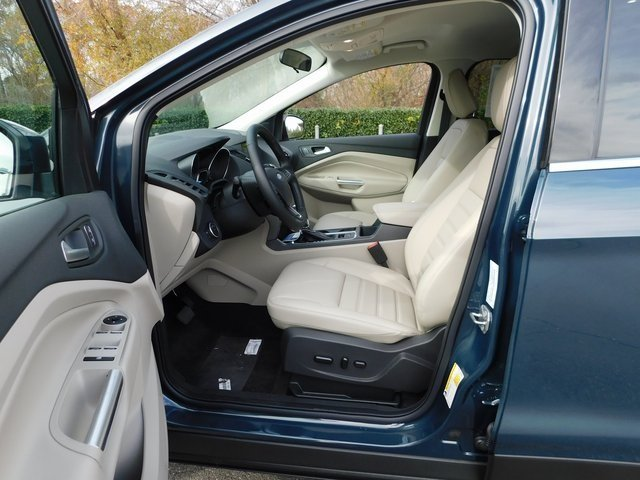 2019 Ford Escape SEL FWD 4 Door SUV Automatic