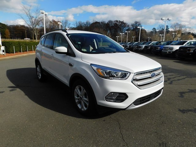 2019 Oxford White Ford Escape SEL SUV Automatic 4 Door FWD EcoBoost 1.5L I4 GTDi DOHC Turbocharged VCT Engine
