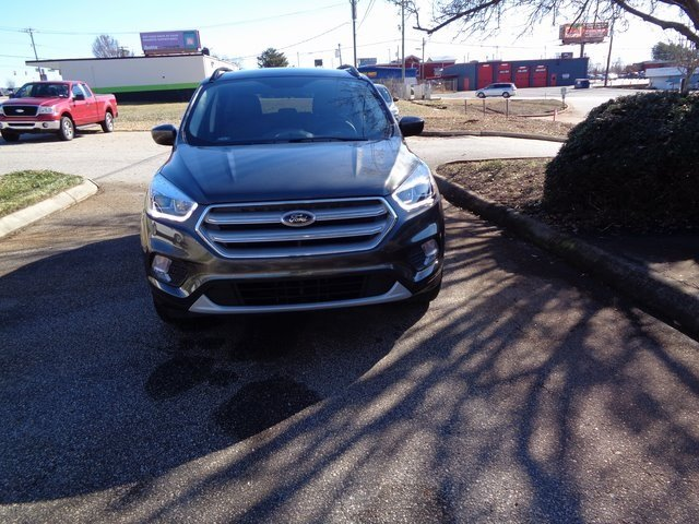 2019 Magnetic Metallic Ford Escape SEL 4 Door FWD EcoBoost 1.5L I4 GTDi DOHC Turbocharged VCT Engine SUV Automatic