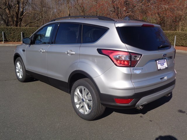 2018 Ford Escape SEL 4 Door EcoBoost 1.5L I4 GTDi DOHC Turbocharged VCT Engine FWD Automatic