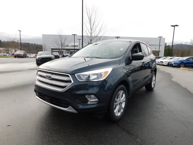 2019 Baltic Sea Green Metallic Ford Escape SE Automatic EcoBoost 1.5L I4 GTDi DOHC Turbocharged VCT Engine SUV 4 Door 4X4