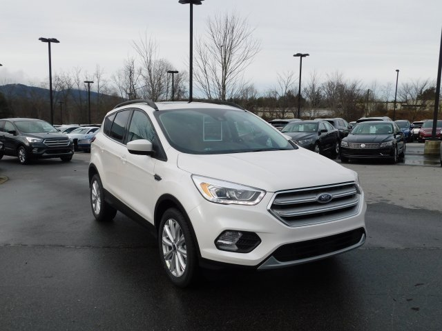 2019 White Platinum Clearcoat Metallic Ford Escape SEL 4 Door 4X4 Automatic