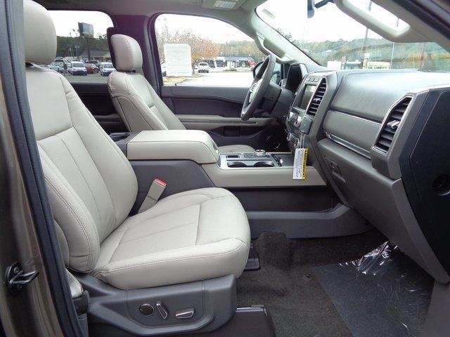 2019 Stone Gray Metallic Ford Expedition XLT 4 Door RWD SUV
