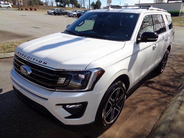 2019 White Metallic Ford Expedition Limited SUV 4X4 4 Door