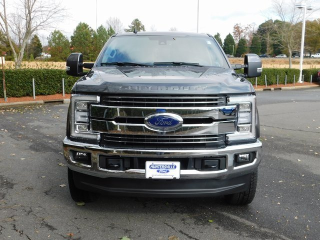 2019 Magnetic Metallic Ford Super Duty F-250 SRW Lariat 4X4 Automatic 6.2L SOHC Engine