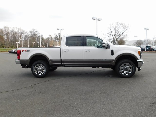 2019 Ford Super Duty F-250 SRW King Ranch 4X4 Power Stroke 6.7L V8 DI 32V OHV Turbodiesel Engine Truck 4 Door