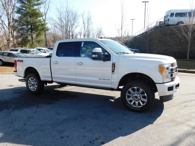 2019 White Platinum Metallic Tri-Coat Ford Super Duty F-250 SRW Limited Truck Power Stroke 6.7L V8 DI 32V OHV Turbodiesel Engine 4 Door