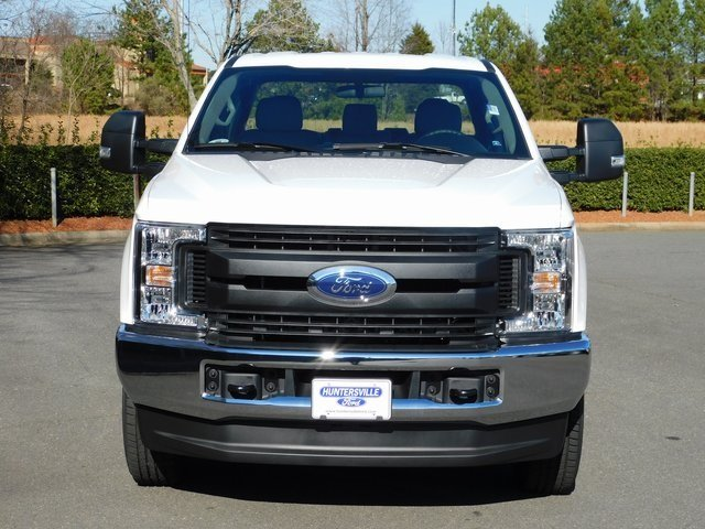 2019 Oxford White Ford Super Duty F-250 SRW XL 4X4 Automatic 4 Door 6.2L SOHC Engine Truck