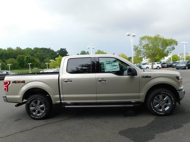 2018 Ford F-150 XLT 4 Door 4X4 Truck Automatic 5.0L V8 Ti-VCT Engine