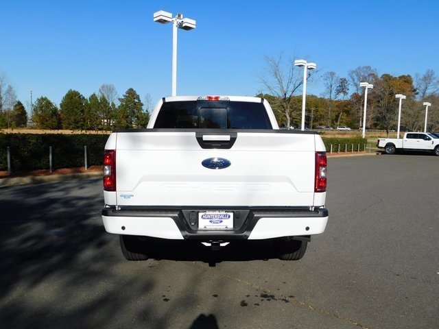 2018 Oxford White Ford F-150 XLT Automatic 5.0L V8 Ti-VCT Engine 4 Door