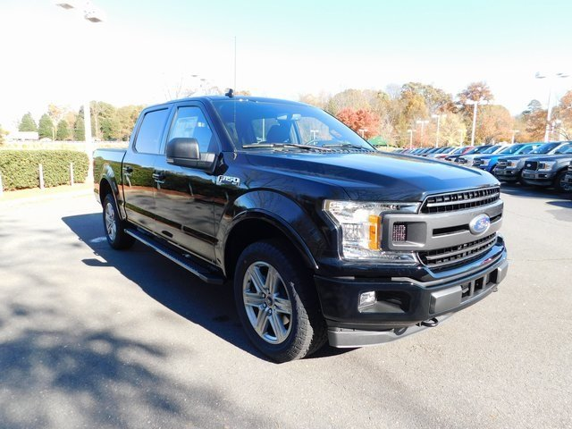 2018 Shadow Black Ford F-150 XLT 4X4 4 Door Truck Automatic