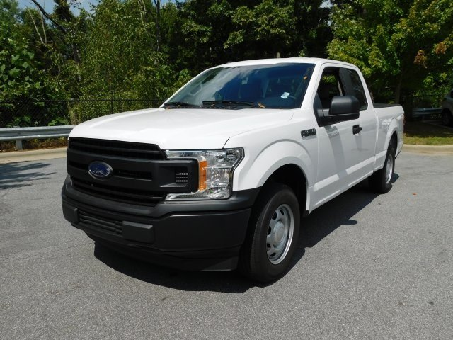 2018 Oxford White Ford F-150 XL RWD 3.3L V6 Ti-VCT 24V Engine Truck 4 Door