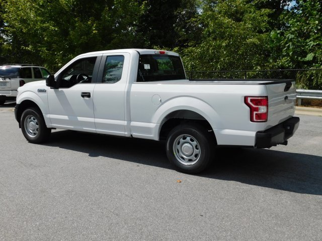 2018 Oxford White Ford F-150 XL Truck RWD 3.3L V6 Ti-VCT 24V Engine