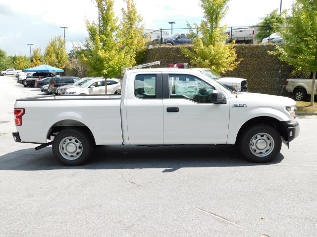 2018 Oxford White Ford F-150 XL 3.3L V6 Ti-VCT 24V Engine Automatic RWD