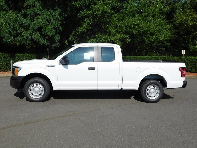 2018 Oxford White Ford F-150 XL RWD Automatic 4 Door 3.3L V6 Ti-VCT 24V Engine